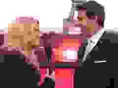 Tom Cruise lịch lãm trên thảm đỏ