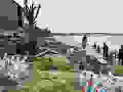Người dân hối hả gia cố nhà cửa chống bão