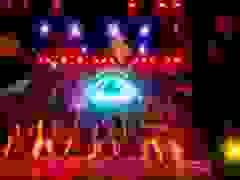 Tiết mục Tiên hắc ám của nhóm nhảy THPT Nguyễn Gia Thiều