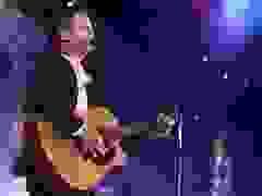 Nam sinh giành giải tài năng trình diễn ca khúc tự sáng tác