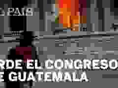 Người biểu tình phóng hỏa trụ sở quốc hội Guatemala