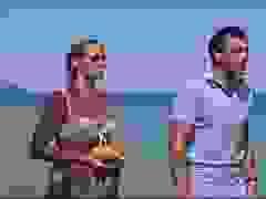 """Điệp viên James Bond gặp nàng Honey Ryder trong """"Dr. No"""" (1962)"""