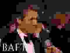 Hugh Grant trả lời phỏng vấn