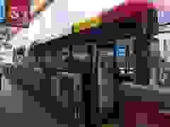"""Trung Quốc """"trình làng"""" mẫu xe bus điện siêu dài tới 18 m"""