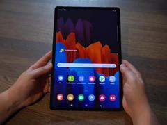 Thực tế bộ đôi máy tính bảng Galaxy Tab S7