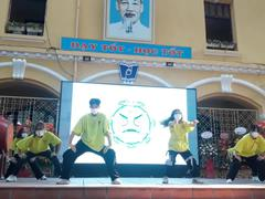 Điệu nhảy xua đuổi virus Covid-19 của học sinh Phan Đình Phùng