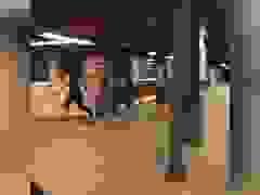 Cú nhảy qua đường ray tàu điện ngầm gây xôn xao mạng xã hội