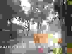 Mưa bão số 5 đang hoành hành ở Huế