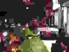 Phố Hà Nội ùn tắc kéo dài sau cơn mưa lớn