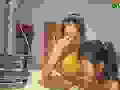 Giấc mơ đại học có nguy cơ dang dở của nữ sinh nghèo rửa bát thuê
