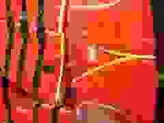"""Nhiều tiệm bán đồ bảo hộ ở Hà Nội """"cháy hàng"""" áo phao cứu sinh"""
