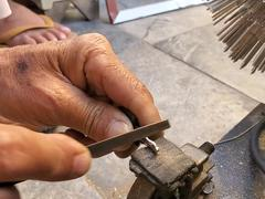 Những người thợ sửa khoá chia sẻ về nghề