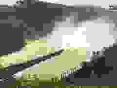 Hồ Kẻ Gỗ tăng lưu lượng xả tràn