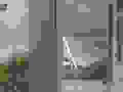 Gió thốc tung mái nhà ở Quảng Ngãi