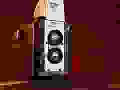 """Tiếng màn trập của những mẫu máy ảnh """"siêu cổ"""""""