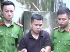 Video trộm hàng loạt bánh xe ô tô ở Nghệ An