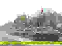 Xe tăng Azerbaijan ùn ùn tiến vào tiếp quản quận đầu tiên từ tay Armenia