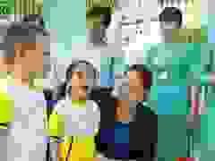 Học sinh Cà Mau hát tặng Chủ tịch Quốc hội