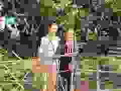 Hai người đàn bà nghèo khó và mơ ước được 1 bữa ăn ngon