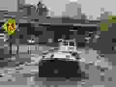 """Siêu xe lội nước và cái kết khiến nhiều người """"đau lòng"""""""