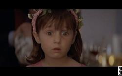 """2. """"Mrs Doubtfire"""" (1993): Nhân vật của Robin Williams bị lộ diện"""