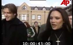 Victoria & David Beckham tuyên bố đính hôn trước giới truyền thông