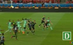 Bồ Đào Nha - Xứ Wales: Phút 50 C.Ronaldo bật cao đánh đầu chính xác hạ Hennessey, mở tỷ số 1-0 cho Bồ Đào Nha