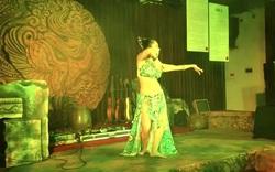 Độc đáo vũ khúc bellydance kết hợp âm nhạc cung đình giữa lòng Thủ đô