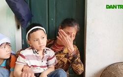 Bố đột ngột qua đời, 2 đứa trẻ lay lắt sống bên bà nội nghèo khó