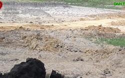 Khai thác đất trái phép bán cho nhà máy gạch.