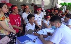 Công nhân Nghệ An hiến máu tình nguyện