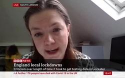 Cuộc phỏng vấn của nữ tiến sĩ Clare Wenham bị con gái xen ngang