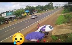 Tai nạn thương tâm vì cậu bé bất ngờ chạy băng qua quốc lộ
