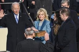 Nhiều nghị sĩ Mỹ mặc áo chống đạn dự lễ nhậm chức của ông Biden