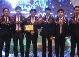 """Bí quyết thành công của """"Chàng trai vàng"""" công nghệ thông tin Việt"""