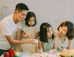 Lưu Hương Giang và Hồ Hoài Anh lần đầu chia sẻ hình ảnh con gái thứ 2
