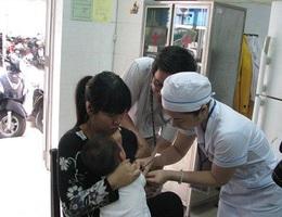 Đà Nẵng tiêm vắc xin sởi bổ sung cho 73.000 trẻ 1 đến 5 tuổi