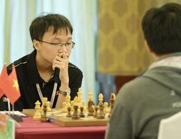 Trường Sơn hoà trong ngày khai mạc giải cờ vua quốc tế HDBank 2019