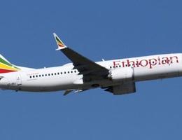 Báo Mỹ: Các phi công phải học lái Boeing 737 Max trên iPad