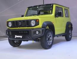 Suzuki Jimny ra mắt tại Thái Lan, giá cao ngất ngưởng