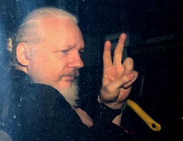 Ecuador tốn hơn 6 triệu USD để bảo vệ ông chủ WikiLeaks suốt 7 năm