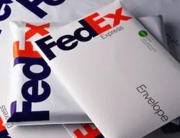"""FedEx xin lỗi vì """"chuyển nhầm"""" các bưu kiện của Huawei sang Mỹ"""