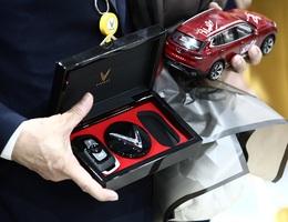 VinFast Lux - Chiếc ôtô Việt Nam đầu tiên xuất xưởng