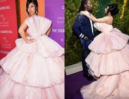 """Cardi B lộng lẫy trong bộ váy """"siêu to khổng lồ"""""""