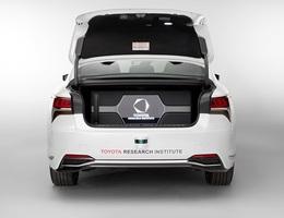 Toyota hân hoan giới thiệu thành tựu mới cho xe tự lái: Cốp rộng hơn