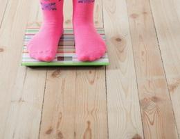 Bảo vệ con khỏi nguy cơ béo phì