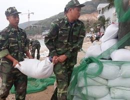 Quân khu 5 thành lập Sở chỉ huy ứng phó bão số 6