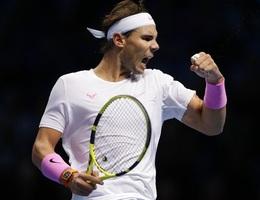 ATP Finals: Nadal ngược dòng ngoạn mục hạ gục Medvedev