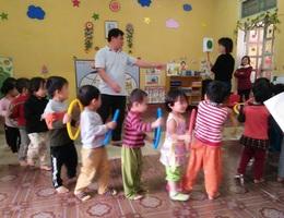 Cảm phục những người thầy dạy trẻ mầm non nơi miền núi