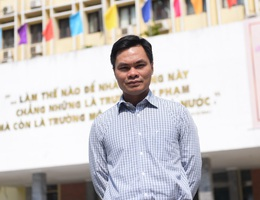 Sĩ Đức Quang - Giáo sư toán học trẻ nhất 2019 xuất thân từ gia đình bán đậu